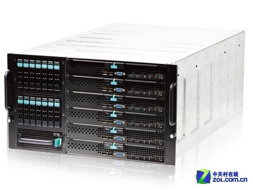 存储、计算和网络于一身,可简化复杂的 IT 环境。
