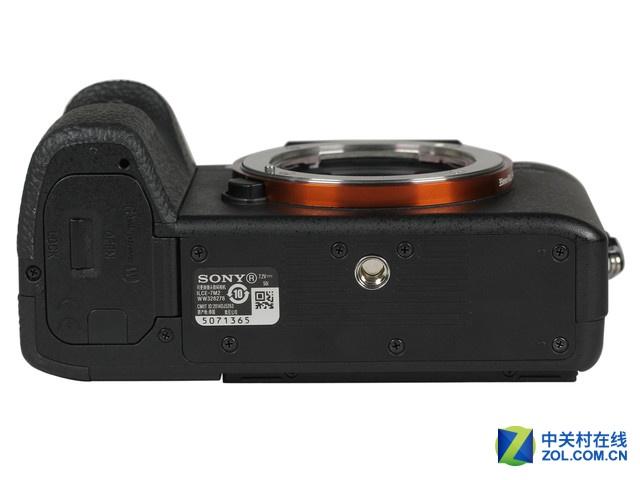 国庆促送16G存储卡 索尼A7M2微单9980元