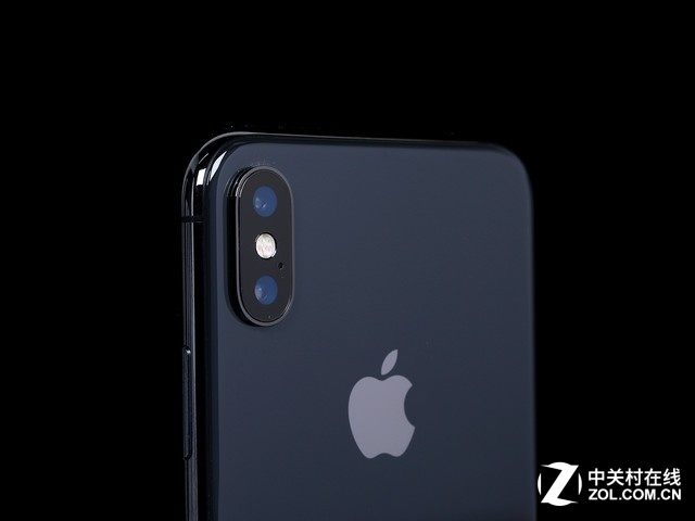 iPhoneX 簡單來說,以這種技術制造的F/2.0透鏡,能夠捕捉到84度全域畫面,并且圖像上的光學失真不超過2%。 本文屬于原創文章,如若轉載,請注明來源:iPhone11拍照升級:84度廣角可檢查疾病http://mobile.zol.com.cn/665/6652038.html