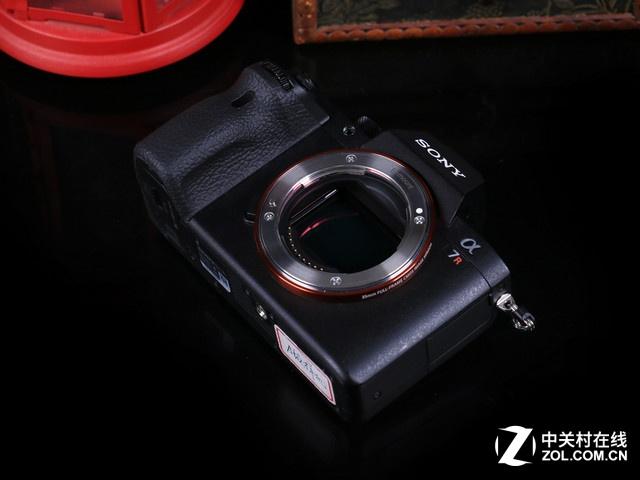 4240万像素输出 索尼A7RM2广州售16380元